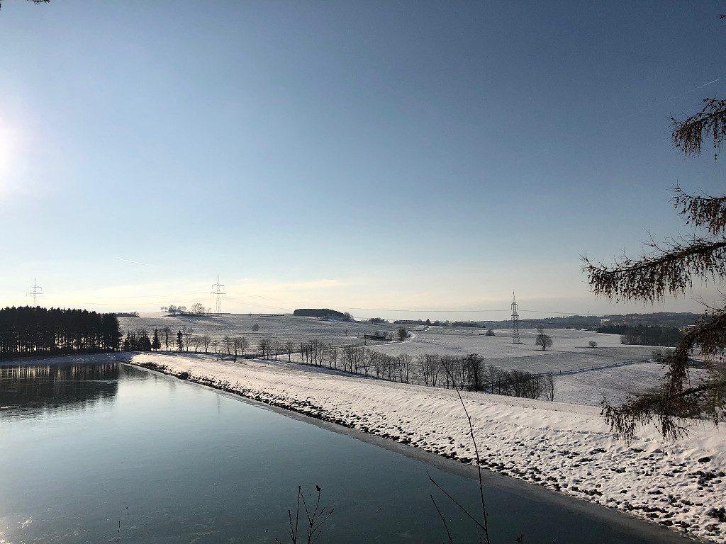 unterwegs in der Winterlandschaft . . .