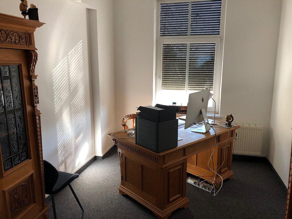 Einzug ins neue Büro